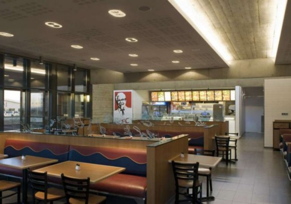 comfortable fast food interior design