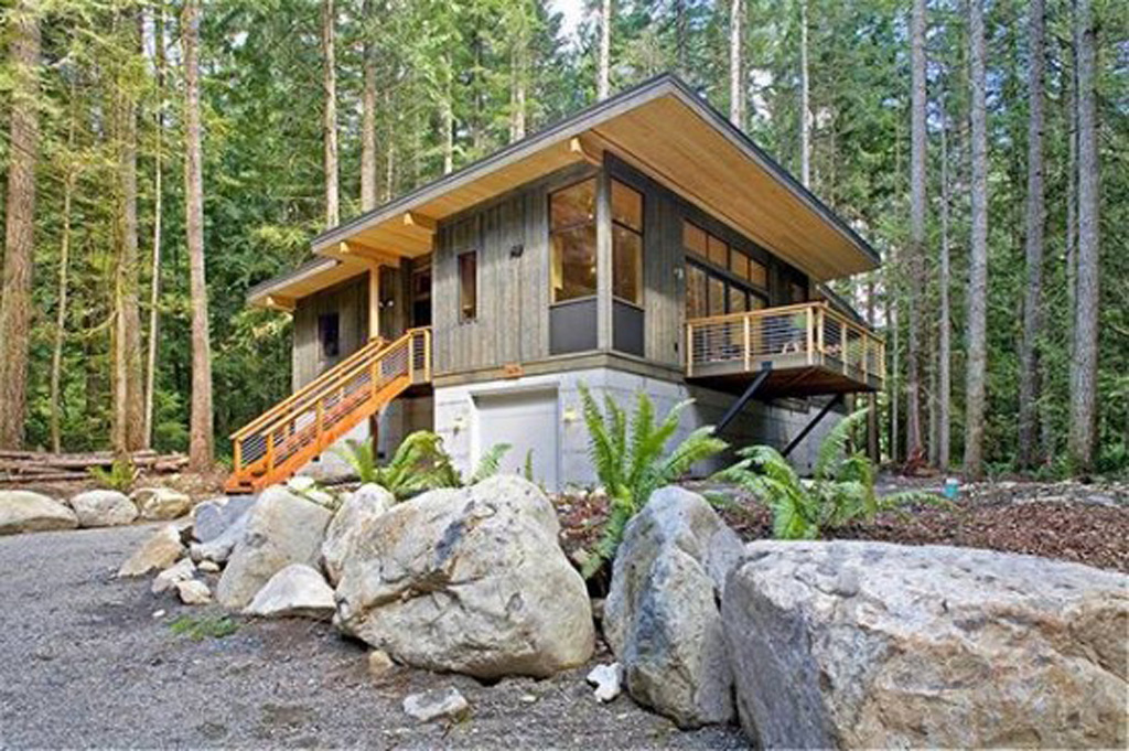 Green prefab and eco friendly house designs in washington for Small sustainable homes