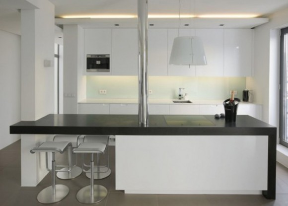 white kitchen design idea