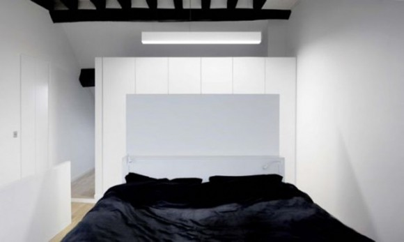 black and white bed room decorating idea