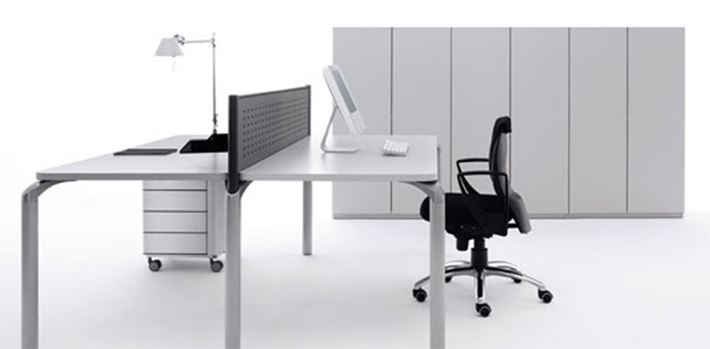 Minimalist workspace ideas for Modern minimalist office design