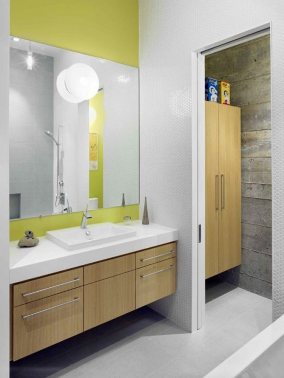 white space saving bathroom decor