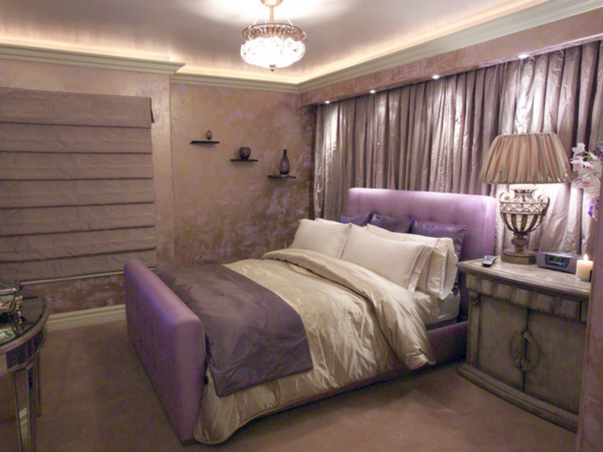 Luxury bedroom decorating ideas for Bedroom decor pictures