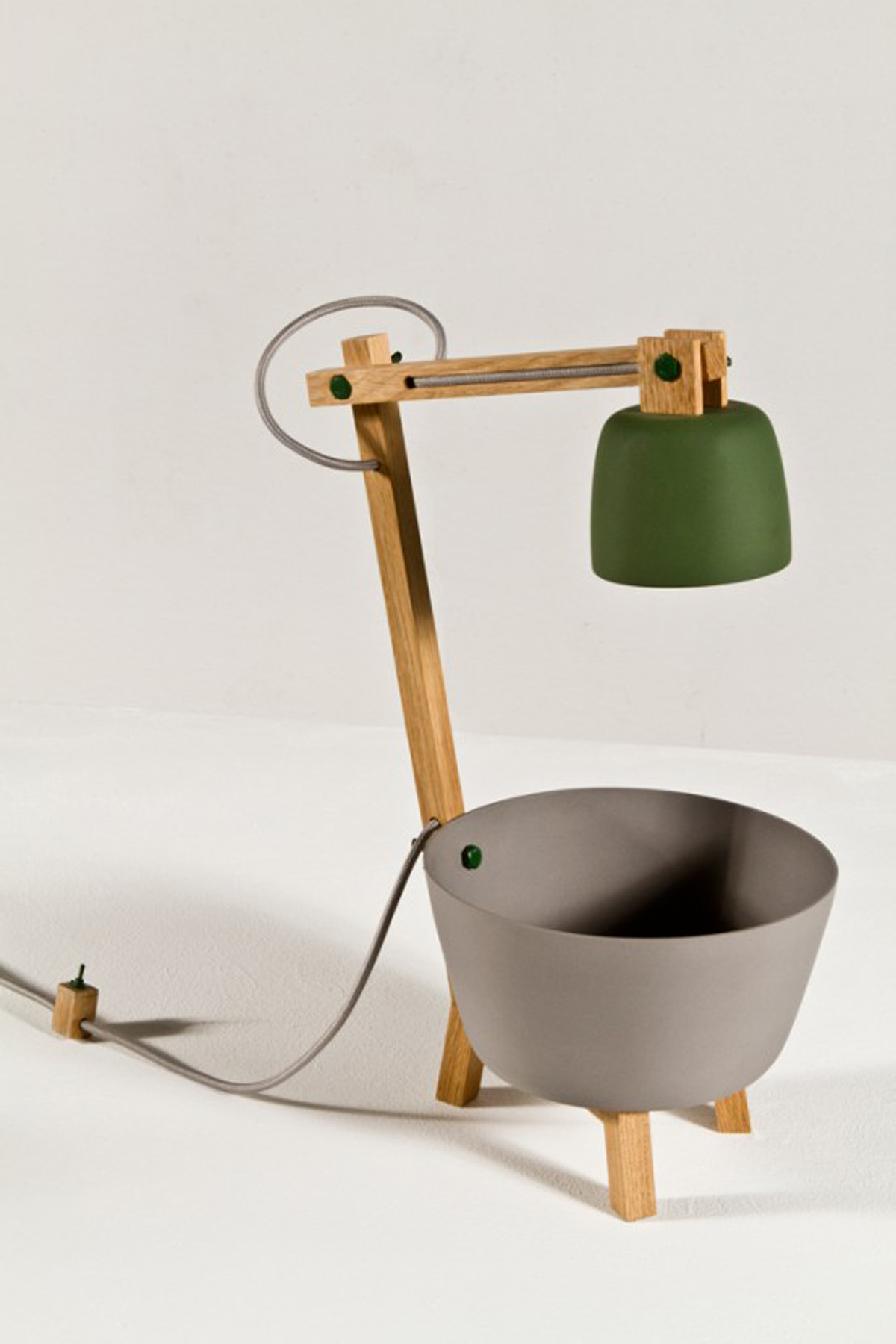 Innovative Table Lamp Designs by Daphna Isaacs - Iroonie.