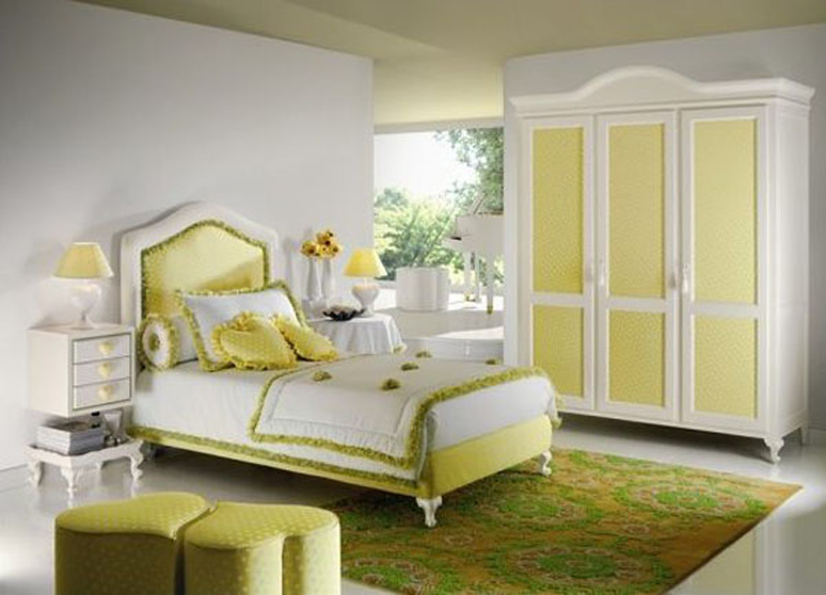 Simple teenage room for girls for Simple room interior design for girls