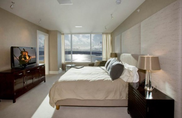 comfortable penthouse bedroom design