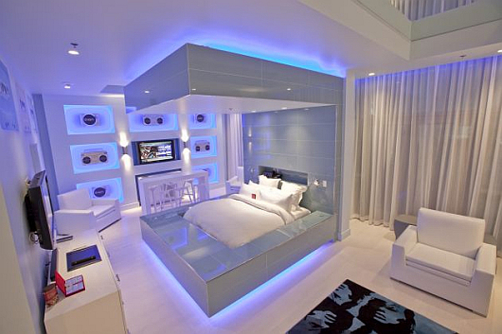 Modern hard rock hotel bedroom designs for Hotel bedroom designs