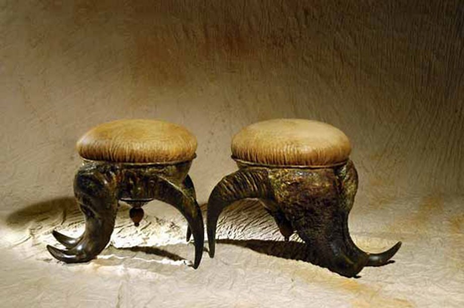 ancient couple chair decor