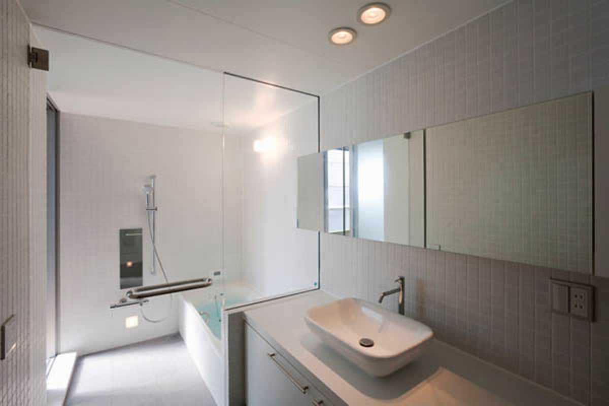 Http Iroonie Com Contemporary Japanese House Inspirations Minimalist Layouts White Bathroom Decor Inspirations