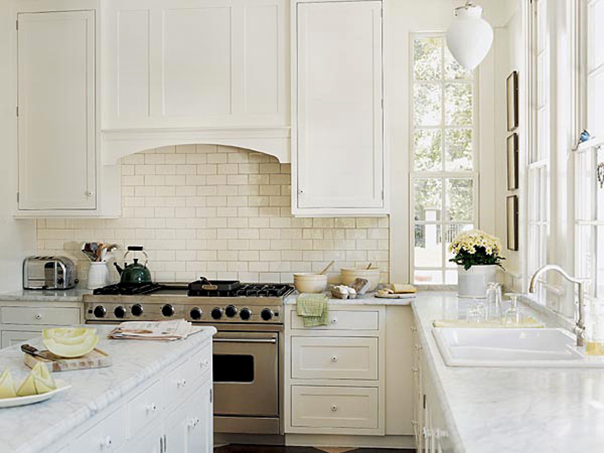 Clean And Clear Kitchen Decorations Plans