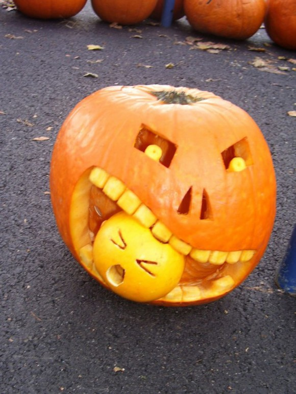 unique halloween pumpkin carving inspirations