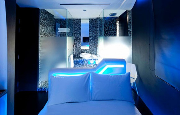 amazing artistic hotel room ideas