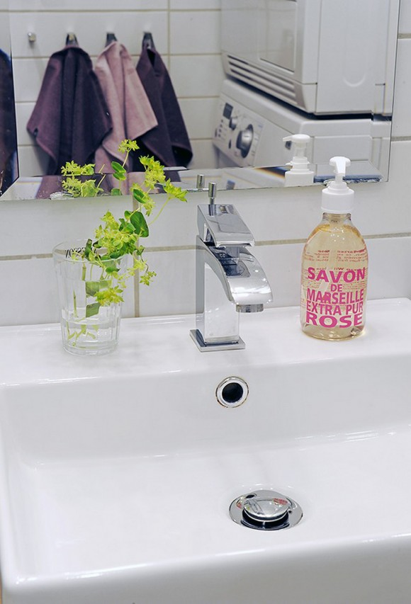 clean and clear bathroom decor inspirations