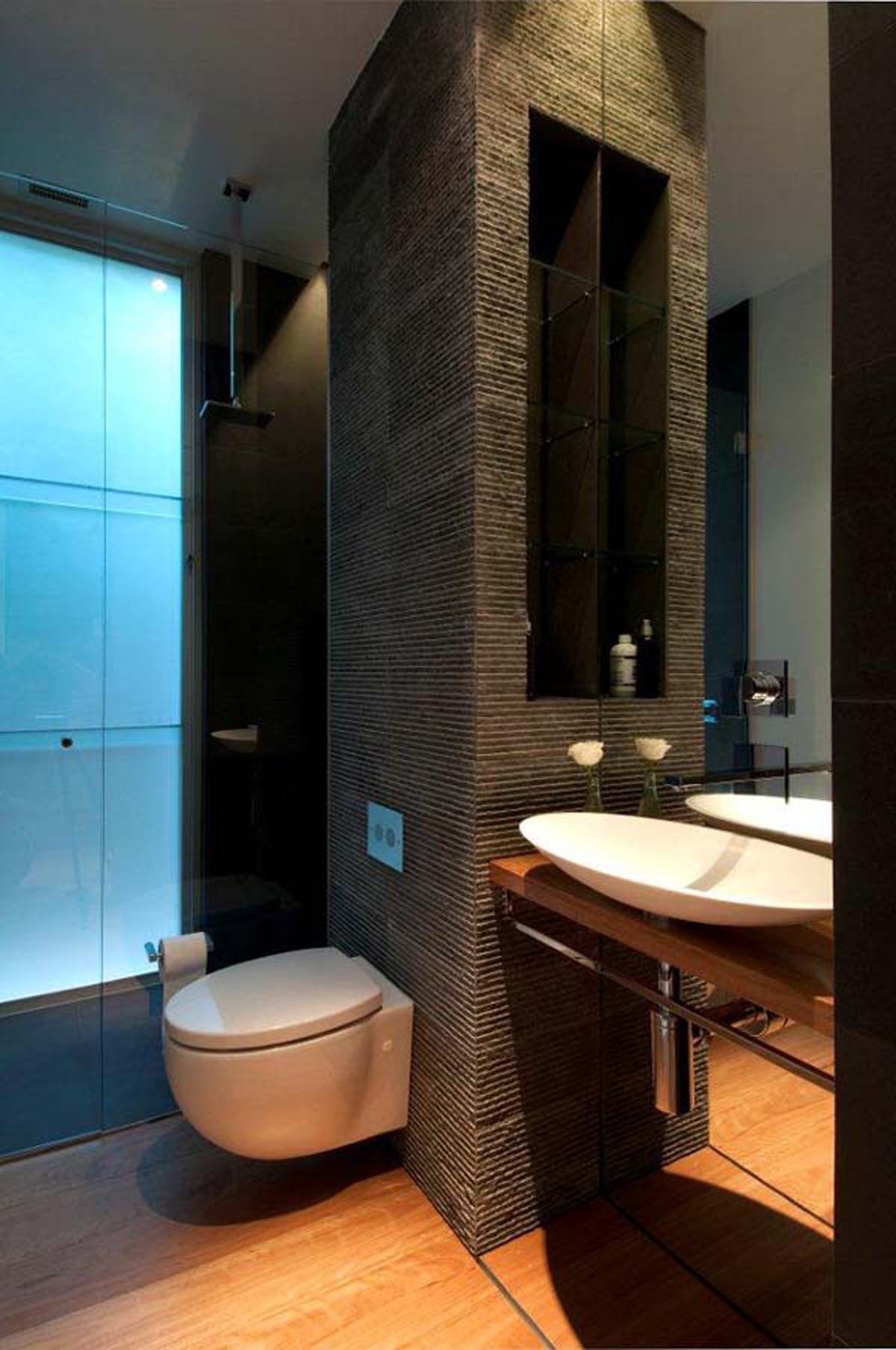 Space saving bathroom designs for Space saving bathroom designs