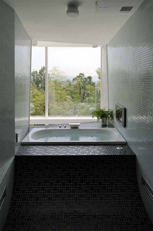 endless bath modern home layouts