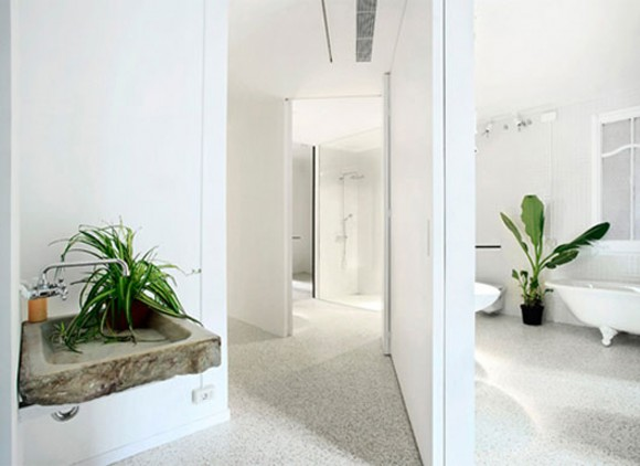 green-investment minimalist apartment