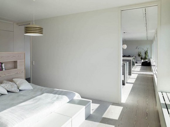 comfortable white bedroom applications