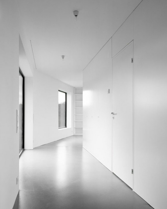 colorless home interior constructions