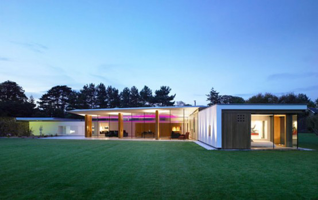 Incredible glass house designs for Incredible home designs