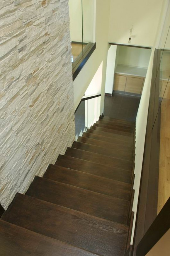 wooden staircase decor ideas
