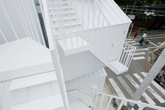 striking outdoor staircase constructions