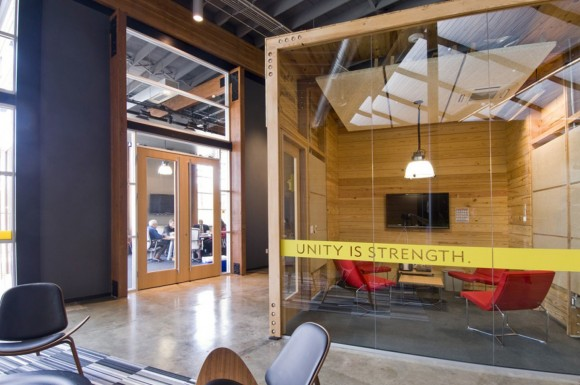 contemporary office interior layouts