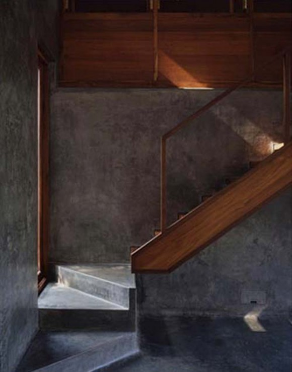 simple sectional concrete staircase
