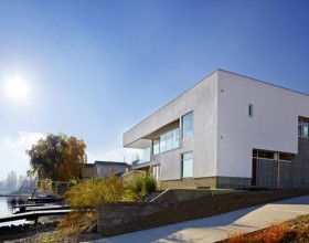 great living space building constructions