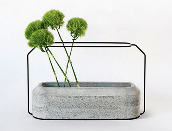 integration concrete steel vase