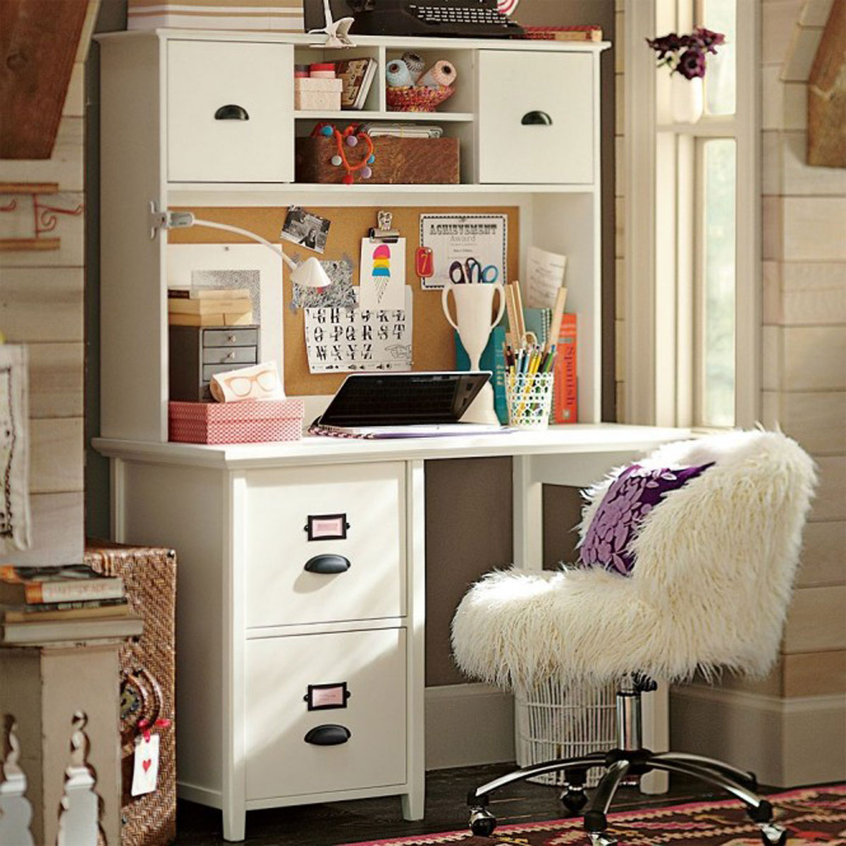 Chambre Adolescent Fille Ikea : Girly home study interior iroonie