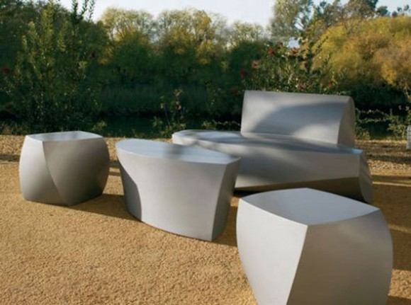 minimalist outdoor furniture set