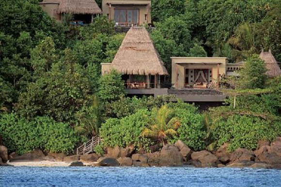 natural tropical resort pictures