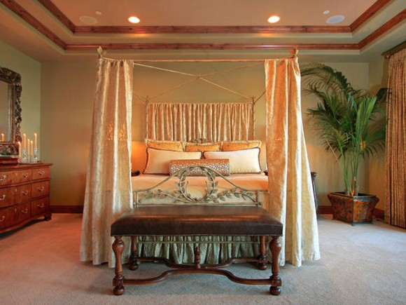 elegant bedroom canopy landscape