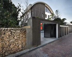minimal view private house exterior