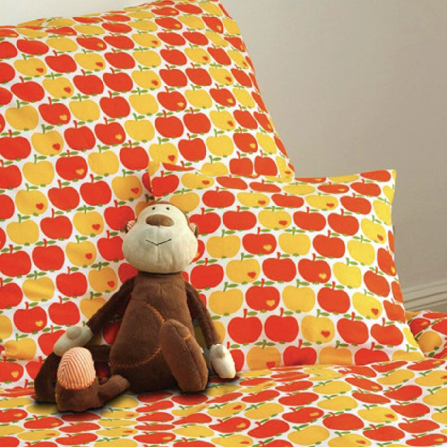 colorful kid bedroom sheet