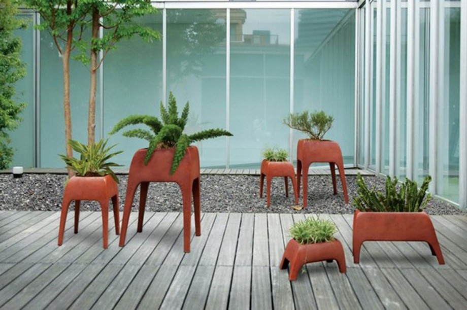 contemporary safari planter design
