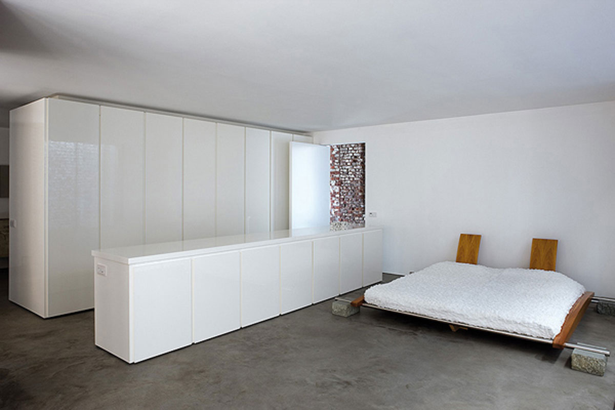 Minimal white bedroom inspirations for Bedroom minimal