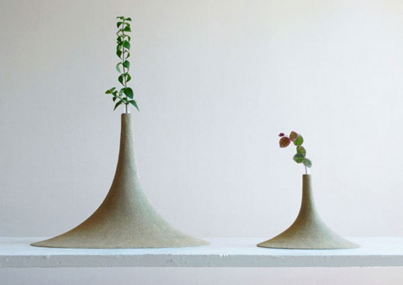 minimalist slim sand vase