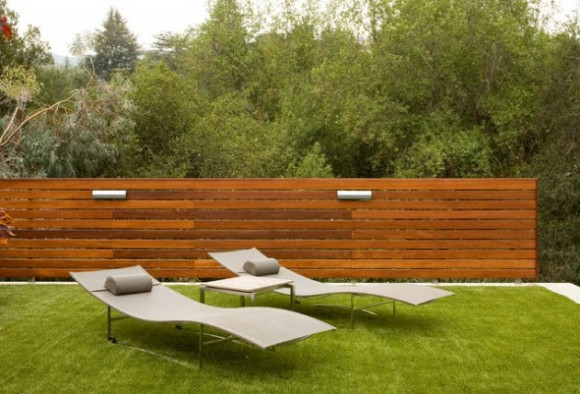 Amazing Fence Designs to Inpsire Your Yard (2)