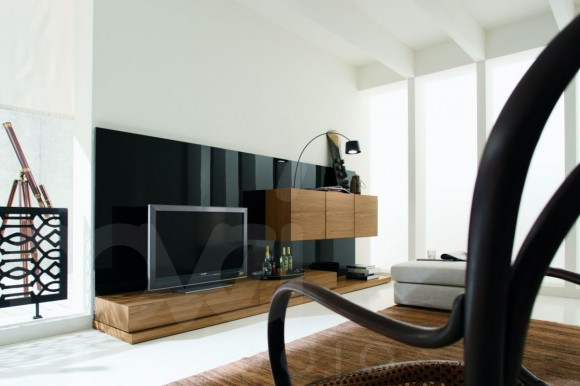 Building the Ultimate Entertainment Center(8)