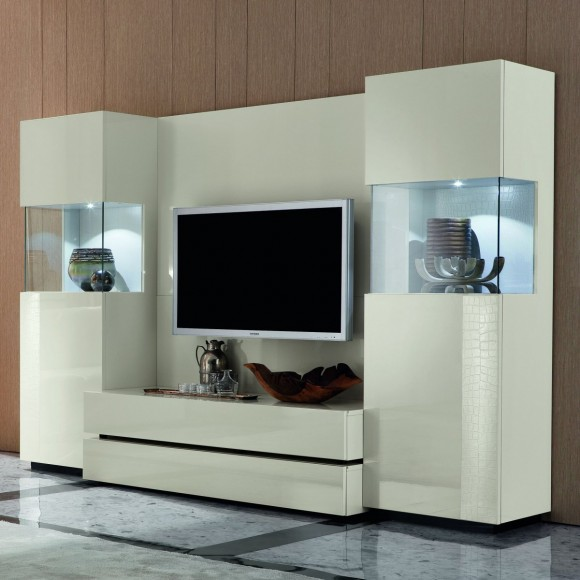 Building the Ultimate Entertainment Center(9)