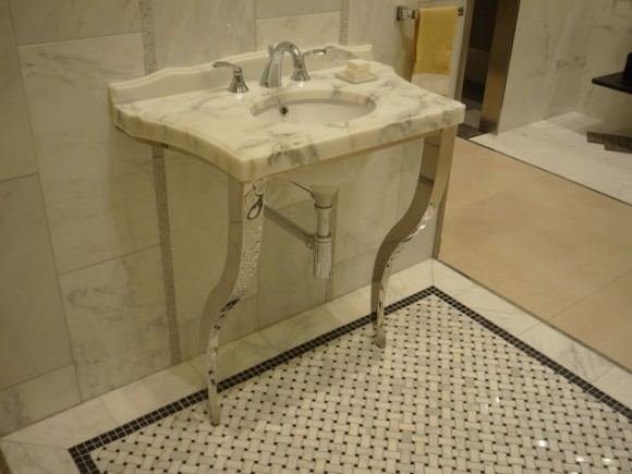 Aesthetic Granite and Marble Sink Ideas for the Home5