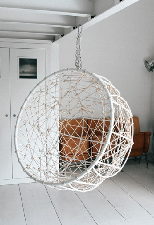 Just Hang Around with a Creative Hanging Chair1