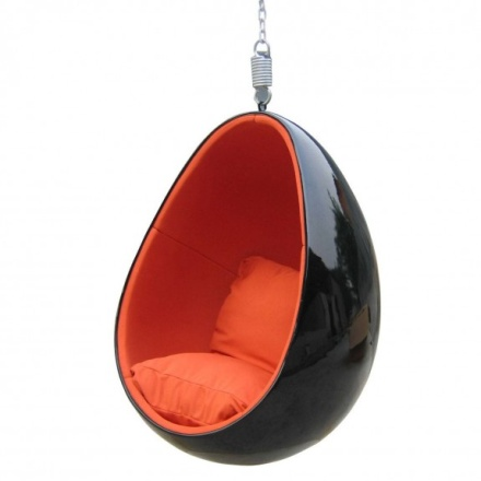 Just Hang Around with a Creative Hanging Chair7