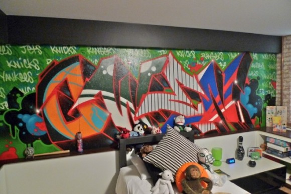 Light up Your Walls with Creative Graffiti Decor5
