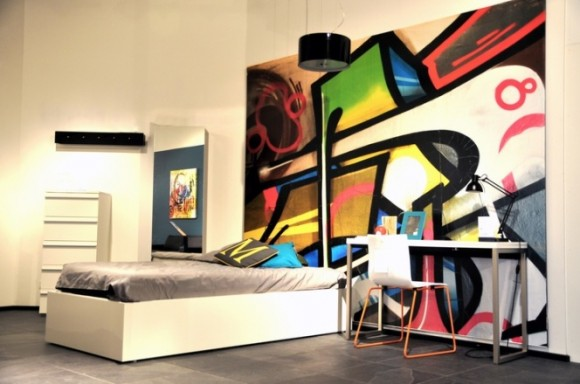 Light up Your Walls with Creative Graffiti Decor6