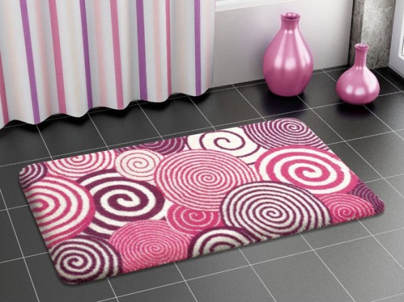 ... rug with spiral designs is bold and very naturally highlights
