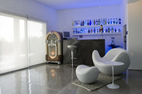 Unadulterated Luxury with your Very Own Home Bar8