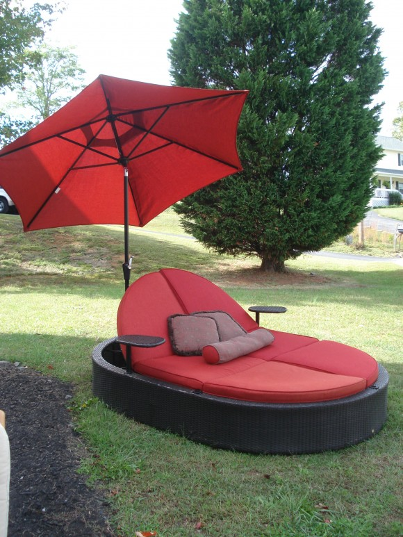 Create your Personal Space with an Outdoor Daybed12
