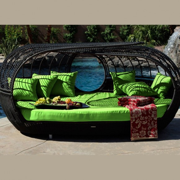 Create your Personal Space with an Outdoor Daybed15